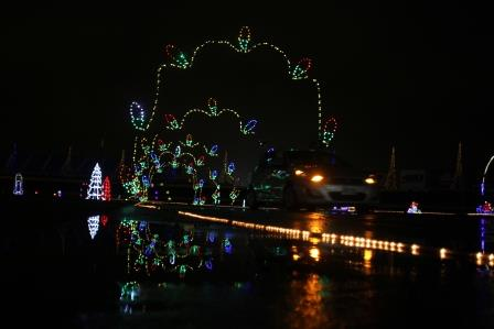 Speedway christmas lights up the holiday season with for Charlotte motor speedway christmas lights nc