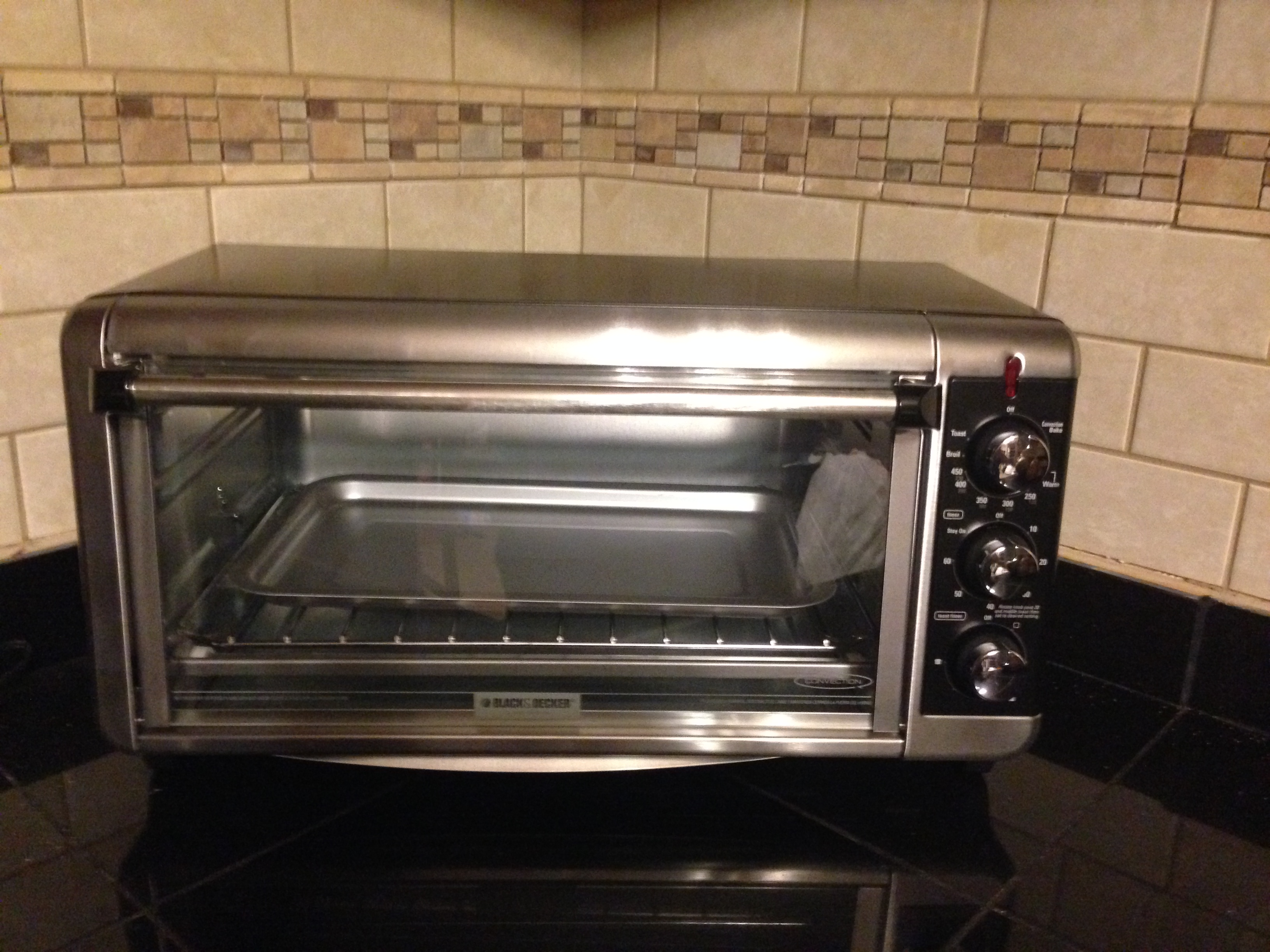 Black Amp Decker Extra Wide Toaster Oven Holiday Gift Guide