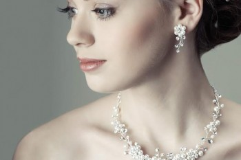 3 Innovative and Bold Ways to Wear Pearls on Very Special Occasions